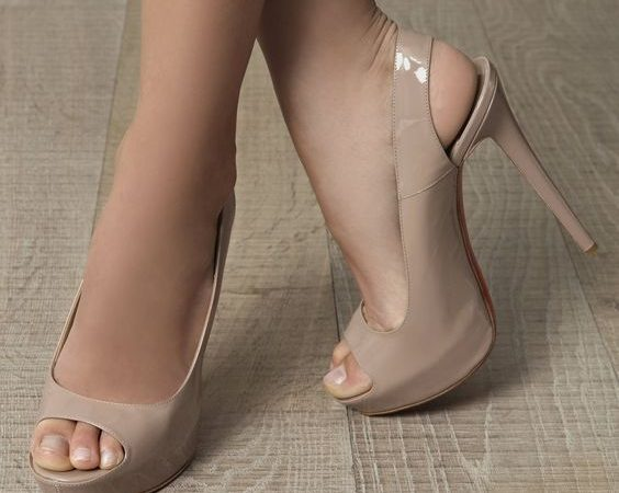 608daadb207 Která z nás by nechtěla mít krásné a štíhlé nohy